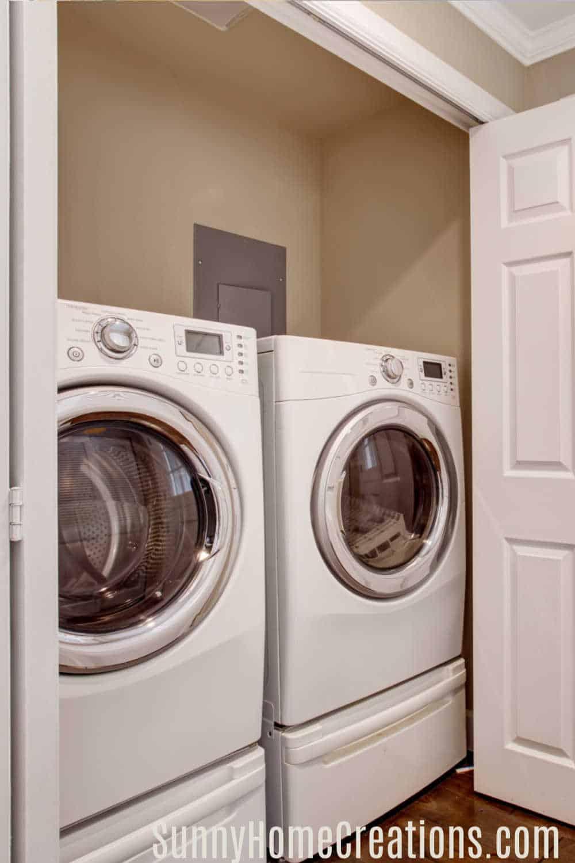 Small Laundry Room Organization Ideas - Sunny Home Creations on Small Laundry Room Organization Ideas  id=82285