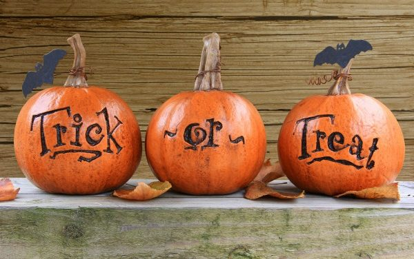 Trick-or-Treat Safety Tips