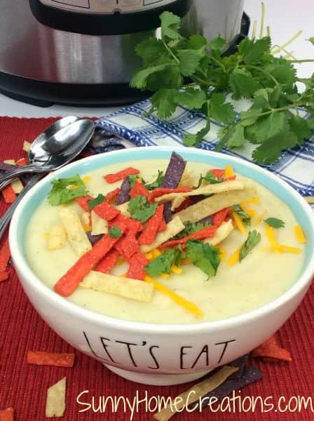 Hatch Green Chili Cauliflower Soup