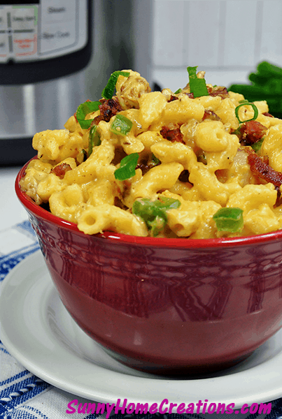 Instant Pot jalapeno popper mac & cheese