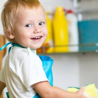 Setting up a Toddler Friendly Kitchen